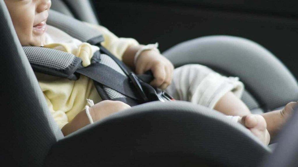 Как перевозить детей в автомобиле?