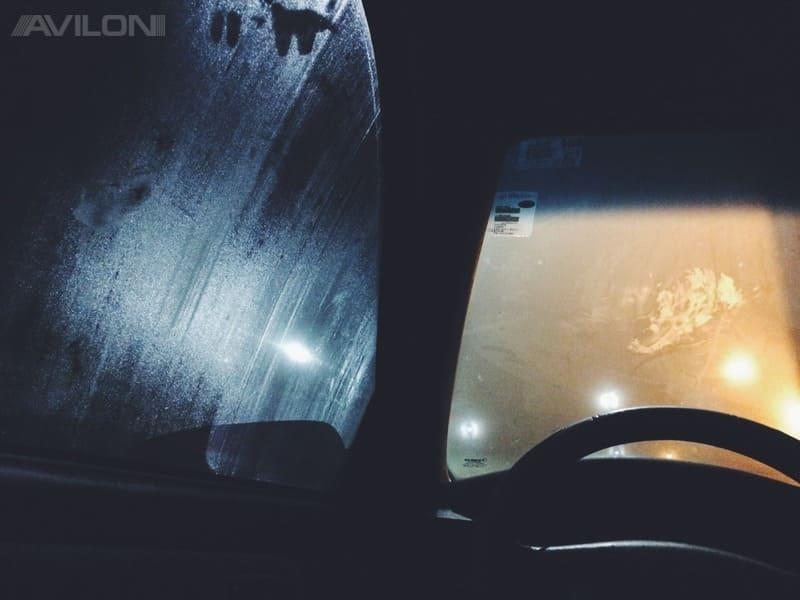 причины запотевания стекол в машине
