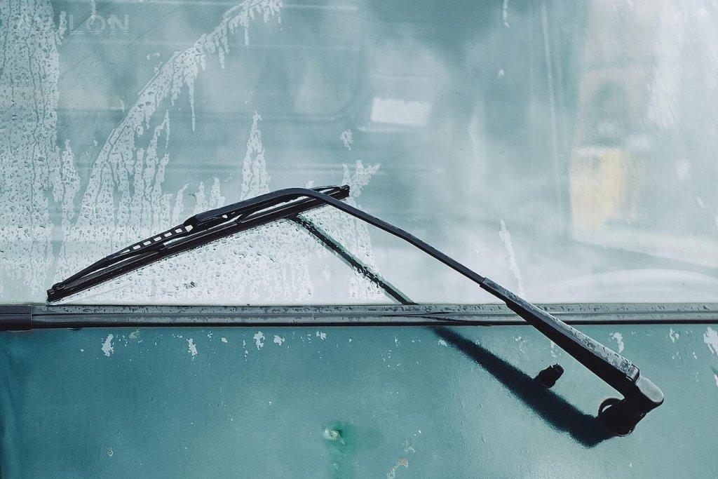 Как устранить скрип дворников в машине?