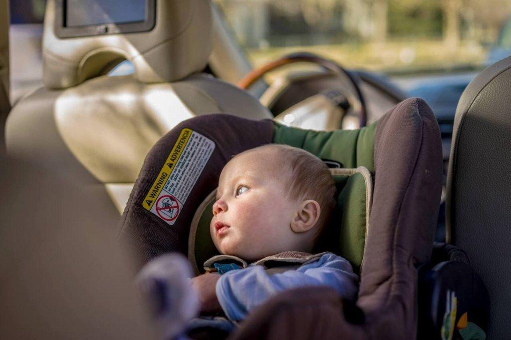 Обновленные правила перевозки детей в автомобиле