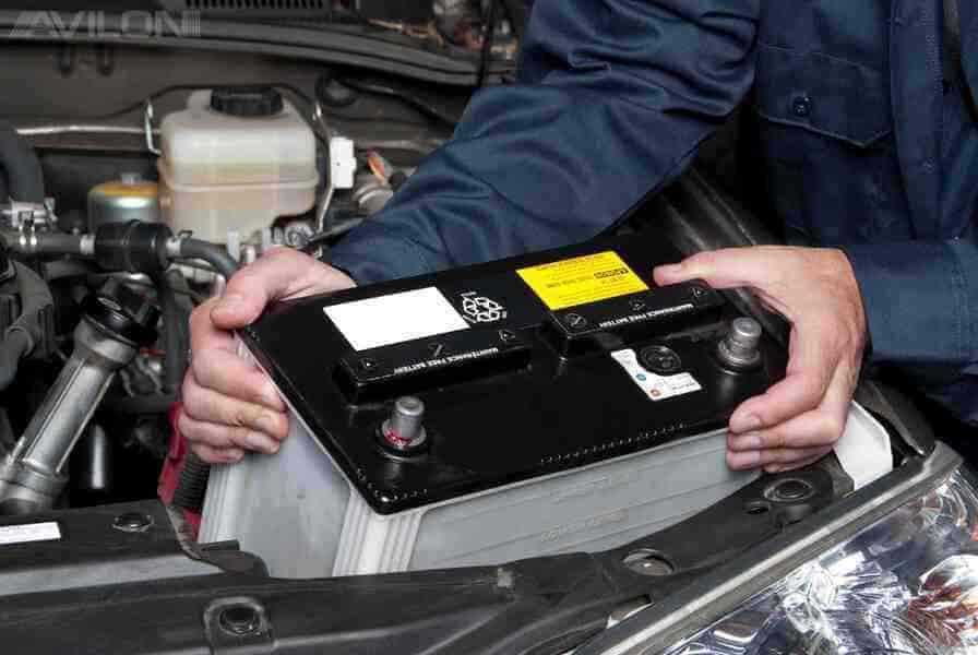 Подготовительные работы и меры предосторожности при зарядке аккумулятора