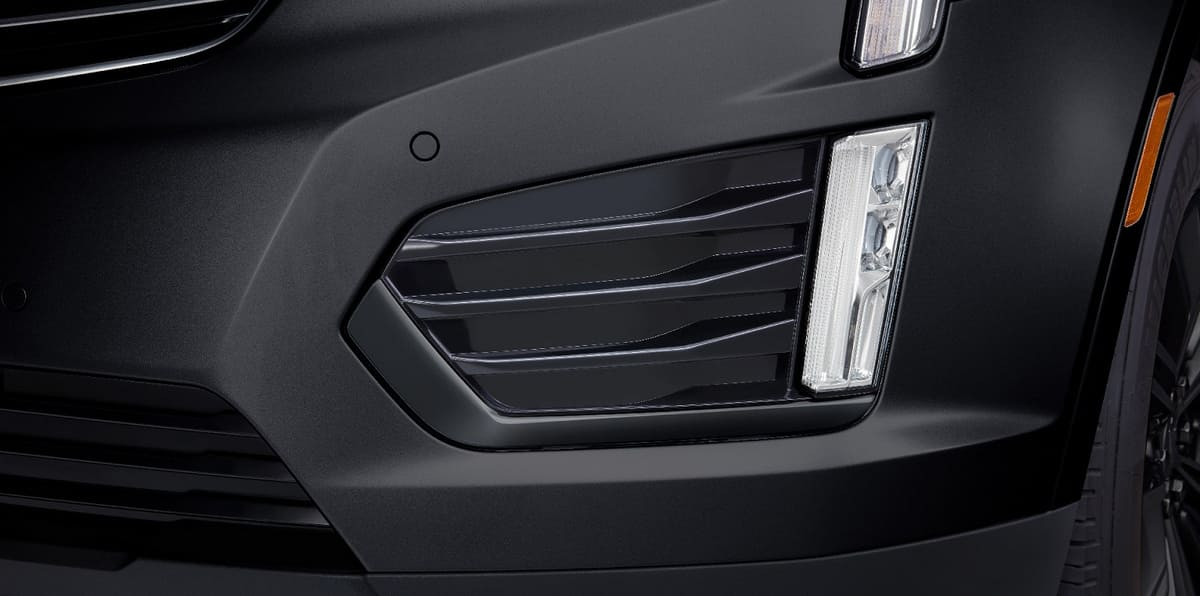 Cadillac XT5 Black Ice окантовка фар